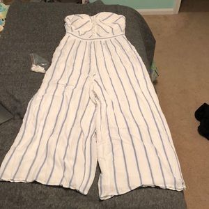 American Eagle White and blue striped jumpsuit